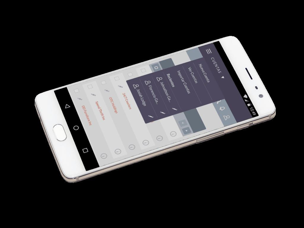 Imagen de un móvil con apartado Cuentas abierto de SuiteCRM